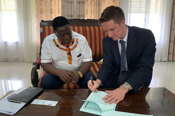 Prof. Rutinwa, Acting Vice Chancellor of the University of Dar es Salaam and Mike Adams, Co-founder of Norwell EDGE, sign MOU to explore joint learning opportunities for petroleum engineering students and oil and gas industry projects in Tanzania.