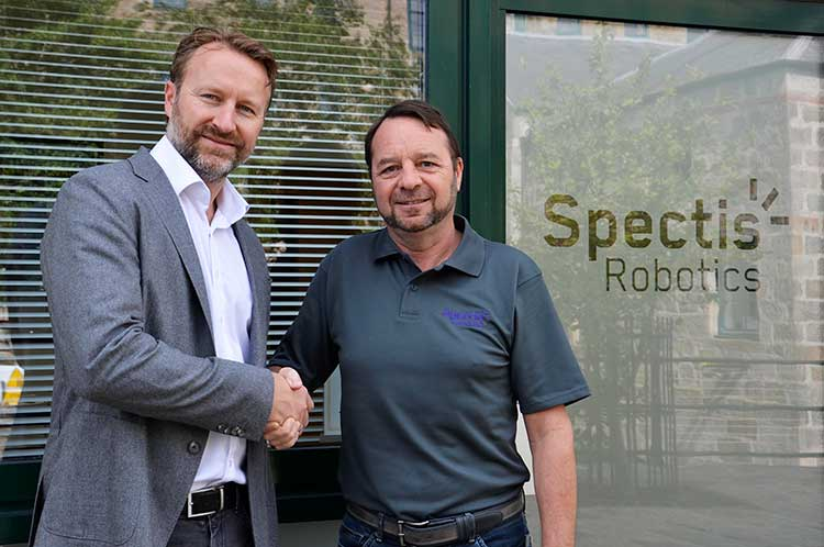 (L-R): Marcus Jocham, head of business development at Dekra Visatec, and Brian Storie, managing director of Spectis Robotics